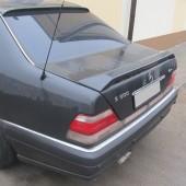 Тюнинг спойлер на крышку багажника Mercedes W140 седан
