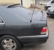 Аэродинамический спойлер на заднее стекло Mercedes W140 (спойлер