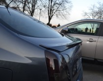 Накладка лип спойлер на крышку багажника Nissan Primera P12 (200