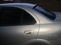 Спойлер на стекло Ниссан Альмера Классик B10 (спойлер на заднее стекло Nissan Almera Classic B10)