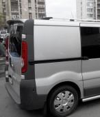 Задний козырек на Opel Vivaro (купить спойлер на Виваро)