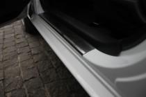 Накладки на пороги Тойота Ярис 3 (защитные накладки Toyota Yaris 3)
