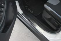 Накладки на пороги Форд Фокус 3 5Д (защитные накладки Ford Focus 3 5D)