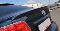 Спойлер Тойота Авенсис 3 (лип спойлер на багажник Toyota Avensis 3 T27)