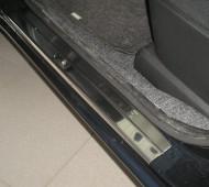 Накладки на пороги Ниссан Ноут 1 (защитные накладки Nissan Note 1)