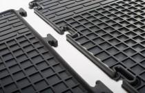 Резиновые коврики для Опель Виваро (фото магазина ExpressTuning)