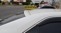 Спойлер на стекло Тойота Камри 50 (задний козырек на авто Toyota