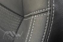 купить чехлы Peugeot 301