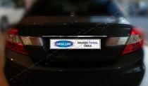 Хромированная накладка на багажник Хонда Цивик 9 седан (хром накладка над номером Honda Civic 9 4d)