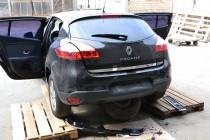 Хром окантовка крышки багажника рено Меган 3 (фото хромированной