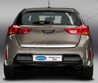 Хромированная кромка багажника Тойота Аурис 2 (хром нижняя кромка крышки багажника Toyota Auris 2)