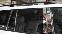 Хромированные молдинги дверных стоек Тойота Ленд Крузер 200 (хром молдинги на стойки Toyota Land Cruiser 200)