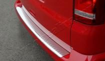 Хром накладка на задний бампер Фольксваген Транспортер Т5 (хромированная накладка заднего бампера Volkswagen Transporter T5)