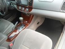 Оригинальные коврики Toyota Camry V30)