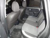 Чехлы в салон Ниссан Ноут (авточехлы на сиденья Nissan Note)