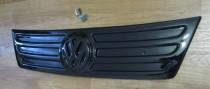 Заглушка решетки радиатора Фольксваген Кадди 3 (заглушка решетки зимняя Volkswagen Caddy 3)