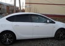 Ветровики на стекла Опель Астра J седан (дефлекторы окон Opel Astra J sedan)