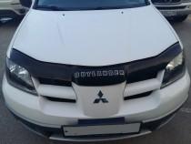 Дефлектор капота Митсубиси Аутлендер (мухобойка на капот Mitsubishi Outlander)