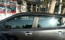 Дефлекторы окон Nissan Leaf клеящиеся