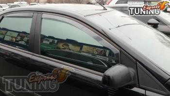 Черные ветровики под резинку Ford Focus 2 седан