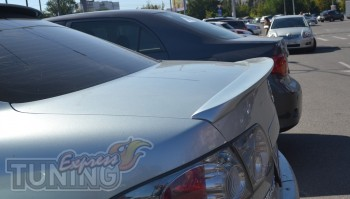Задний прилегающий спойлер Mazda 6 в кузове седан