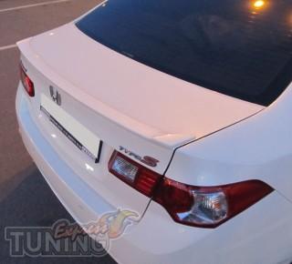 Купить спойлер на крышку багажника Honda Accord 8