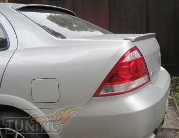 Задний лип спойлер на крышку багажника Nissan Almera Classic (ку