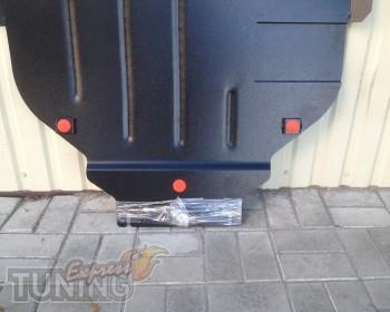 Защита двигателя Вольво С30 (защита картера)