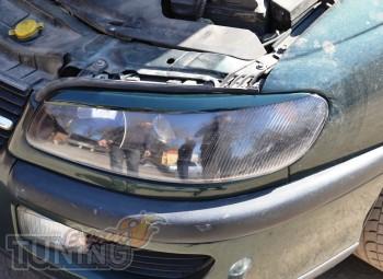 Реснички на передние фары Opel Omega B (установка на скотч)