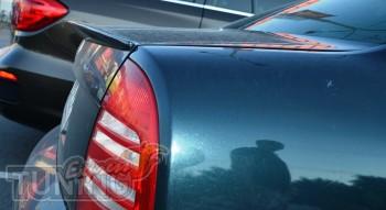 Задний лип спойлер на крышку багажника Шкода Суперб (фото Expres