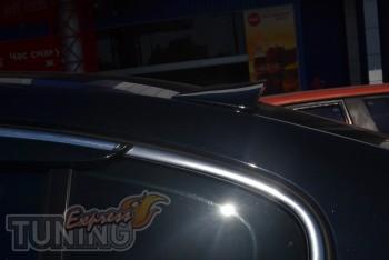 Купить спойлер на заднее стекло Volkswagen Passat B6 седан