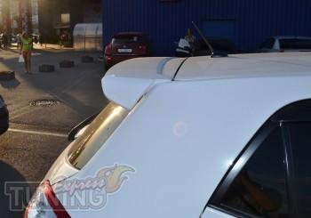 Оригинальный задний спойлер Toyota Auris Hatchback фото
