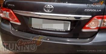 Хромированная накладка на багажник Тойота Королла Е150 (хром нак