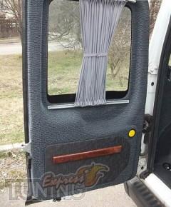 Шторки Форд Коннект (автомобильные шторки Ford Connect)