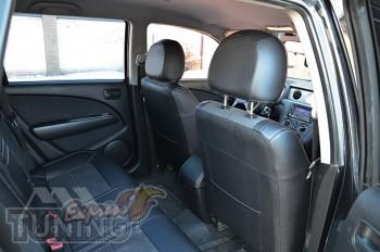 Чехлы в салон Mitsubishi Outlander 1