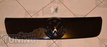 Оригинальная заглушка решетки радиатора Фольксваген Транпортер Т