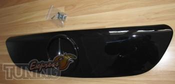 Купить заглушку решетки радиатора Mercedes Vito W639 (Viano глян