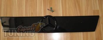 Установка заглушки зимней на решетку радиатора Мерседес Вито W63