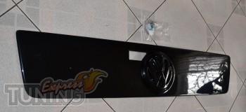 Купить зимнюю заглушку на решетку радиатора Фольксваген Лт35 (зи