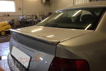 Спойлер на багажник Audi A4 B5 сабля